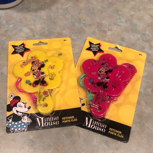 Disney/'s Minnie Mouse Mirror /& Comb Keychain Set Pink or Yellow